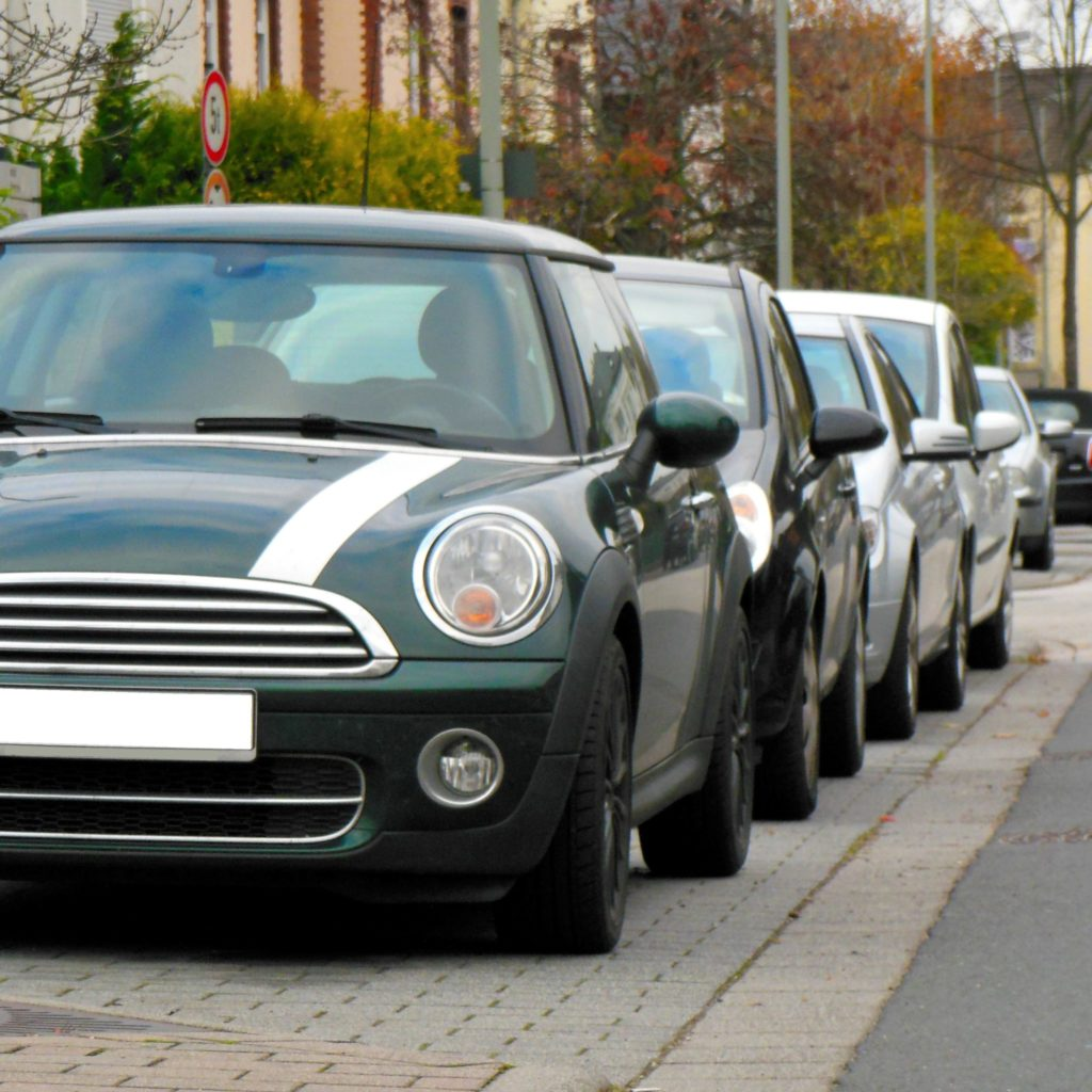 image-車検に見積って必要ですか? よく見る「車検見積」そのメリットとは? | 車検に見積って必要ですか? Car Shop Dearsign