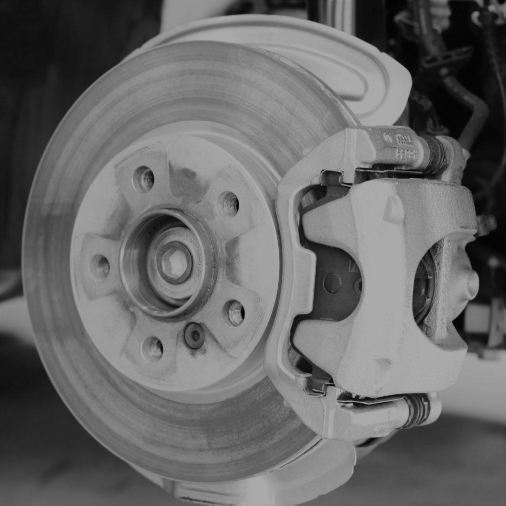 日本車と輸入車の違い-第2弾-「ホイルボルトの差」