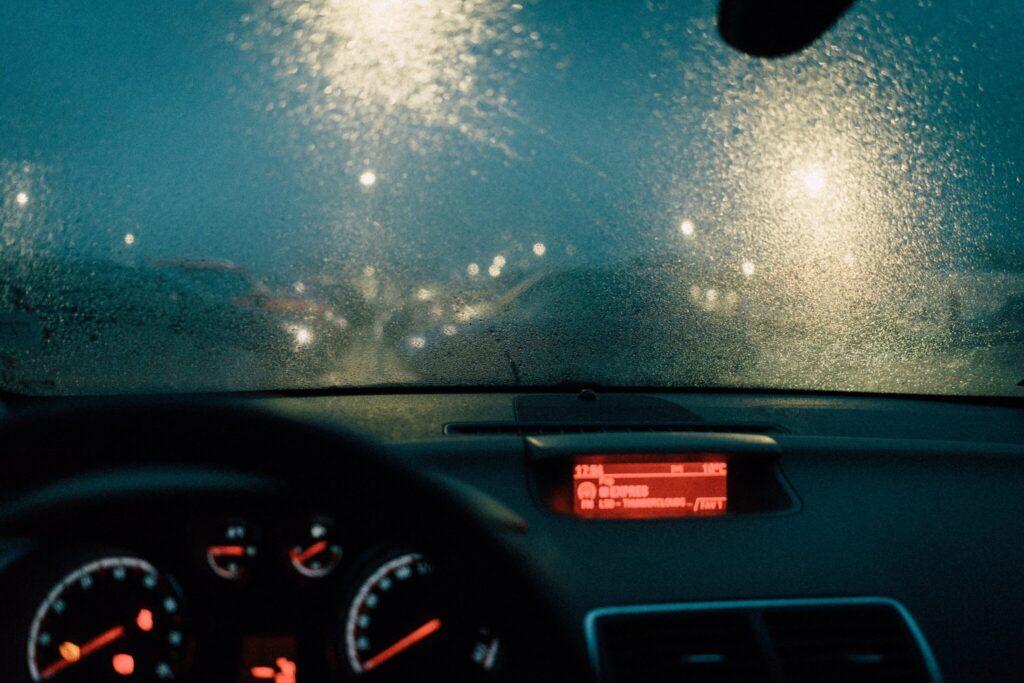 image-梅雨の季節の洗車のポイントとトラブル回避!   Car Shop Dearsign
